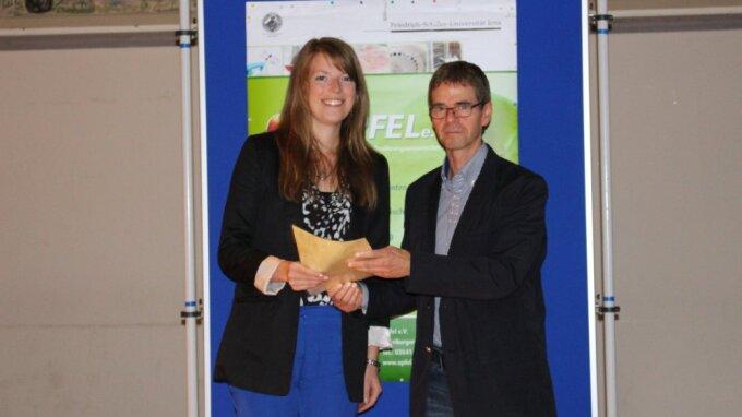 Auszeichnung im Rahmen der Mitgliederversammlung am 06.11.2014 (v.l.n.r.): Andrea-Anneliese Keller und Prof. Dr. Michael Glei