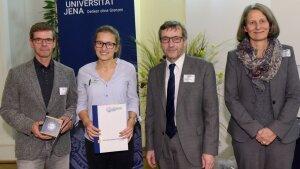 v. l. n. r. Prof. Dr. Michael Glei, Sophie Göbel, Prof. Dr. Walter Rosenthal, Prof. Dr.  Schmitt-Rodermund